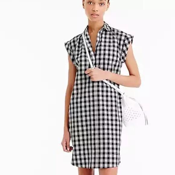 547669ff385 J. Crew Dresses   Skirts - J. Crew Short Sleeve Gingham Shirt Dress XS